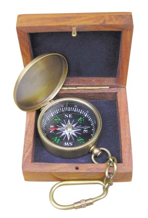 Keychain - Compass with lid and box - marine style - marine decoration