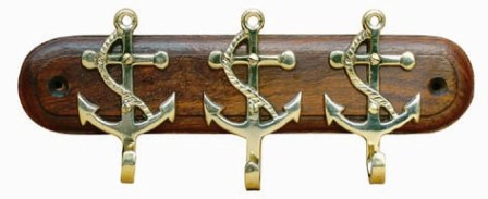 Hook Keychain - 3 Anchors Brass Wood - marine style - marine decoration