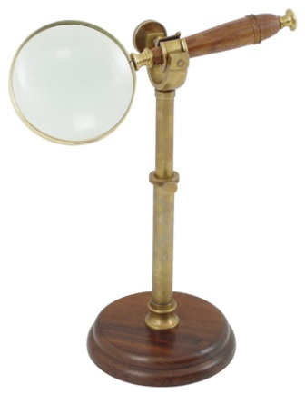 Magnifier with standn magnification *5 -  antic brass finish -  diam : 4'' -  H : 13''3/4 max - mari