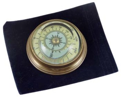 Compass -  antic brass finish with velvet pouch -  diam : 2''1/3 - marine style - marine decoration