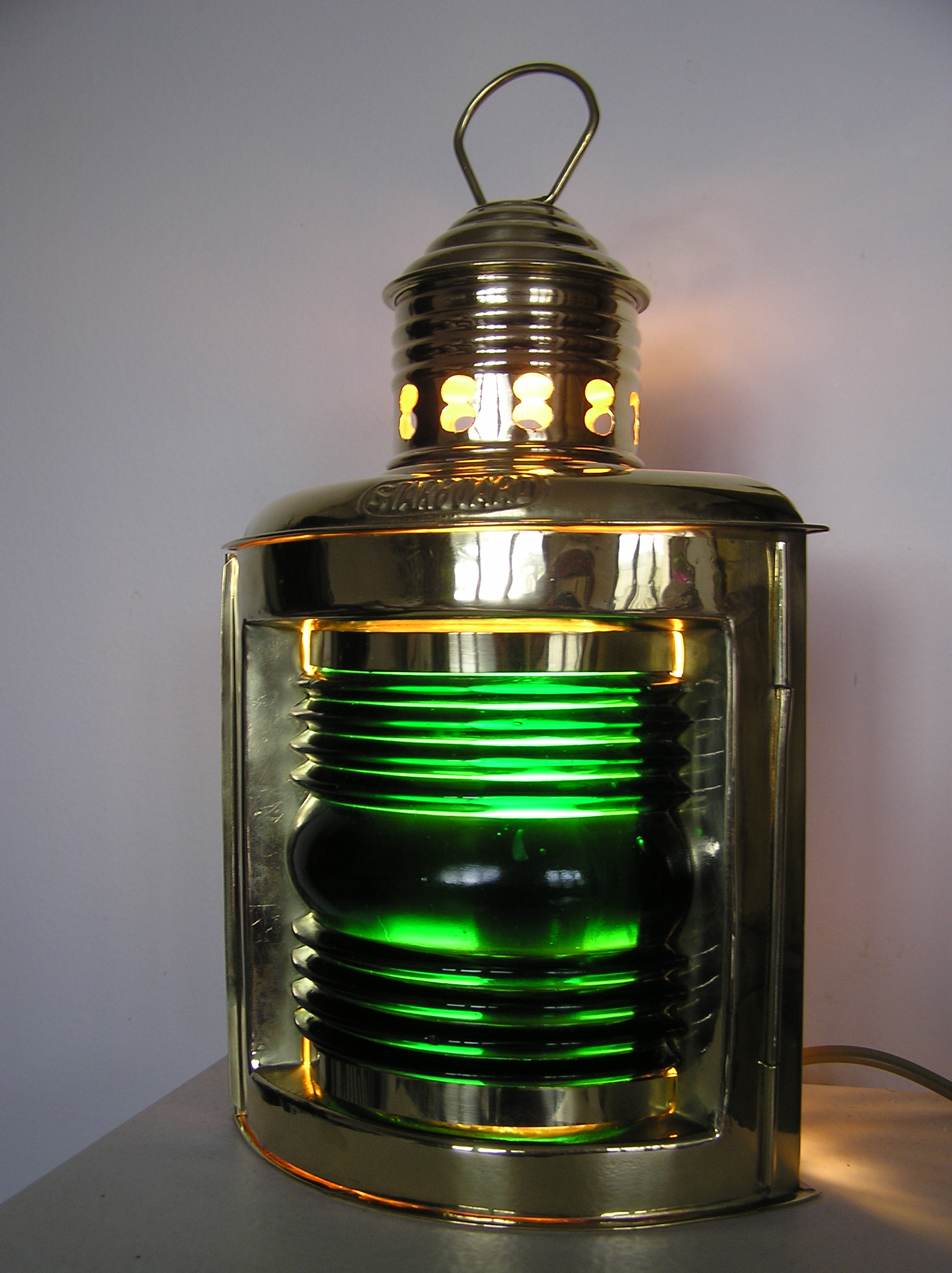 Lampe marine trobord